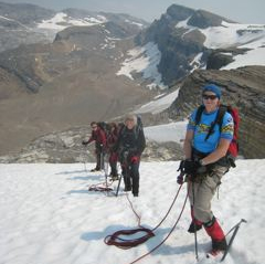 womens mountaineering course