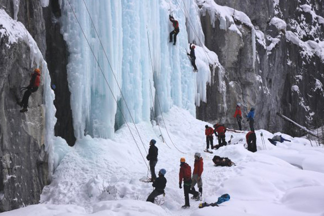 Avalanche Skills Training AST 1 for Ice Climbers